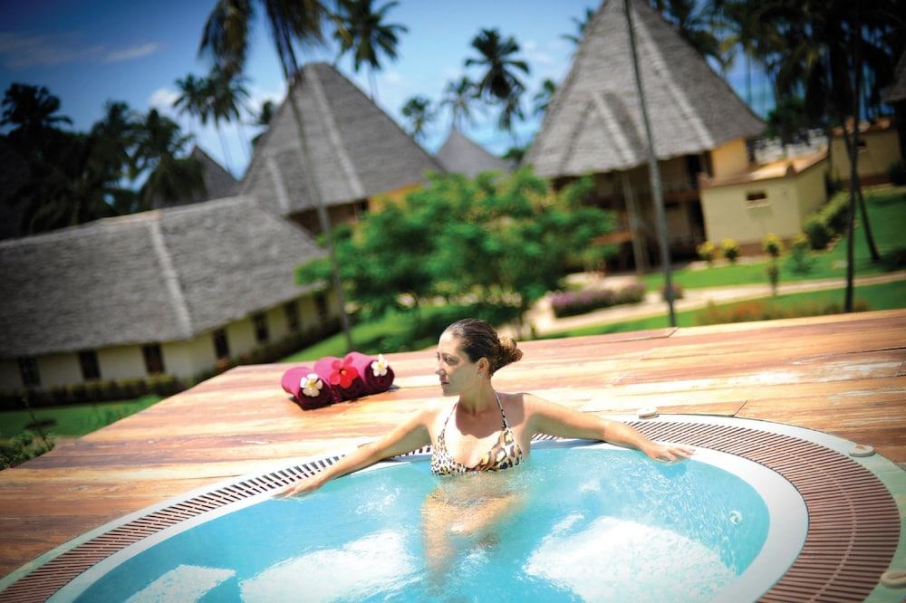 넵튠 프와니 비치 리조트 & 스파 - 올 인클루시브(Neptune Pwani Beach Resort & Spa - All Inclusive) Hotel Image 27 - Spa
