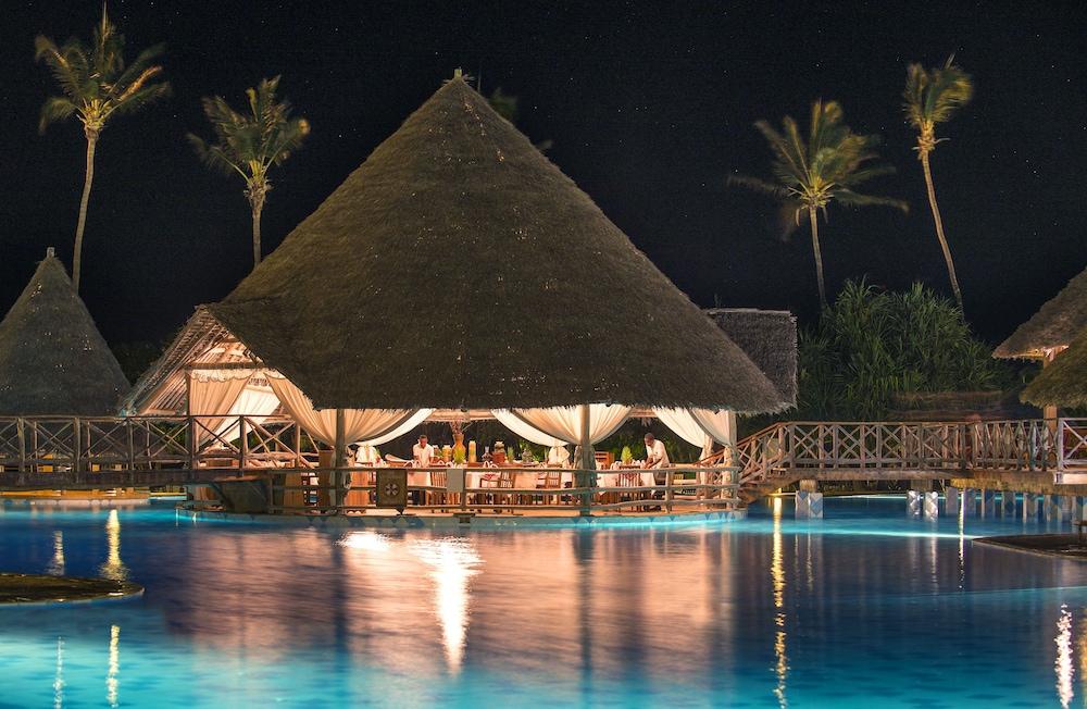 넵튠 프와니 비치 리조트 & 스파 - 올 인클루시브(Neptune Pwani Beach Resort & Spa - All Inclusive) Hotel Image 33 - Delicatessen