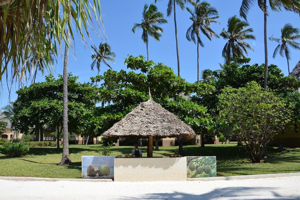 넵튠 프와니 비치 리조트 & 스파 - 올 인클루시브(Neptune Pwani Beach Resort & Spa - All Inclusive) Hotel Image 71 - Gazebo