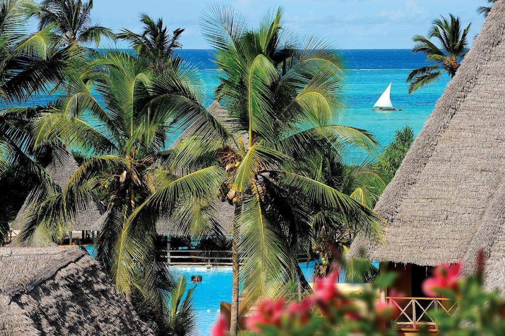 넵튠 프와니 비치 리조트 & 스파 - 올 인클루시브(Neptune Pwani Beach Resort & Spa - All Inclusive) Hotel Image 0 - Featured Image