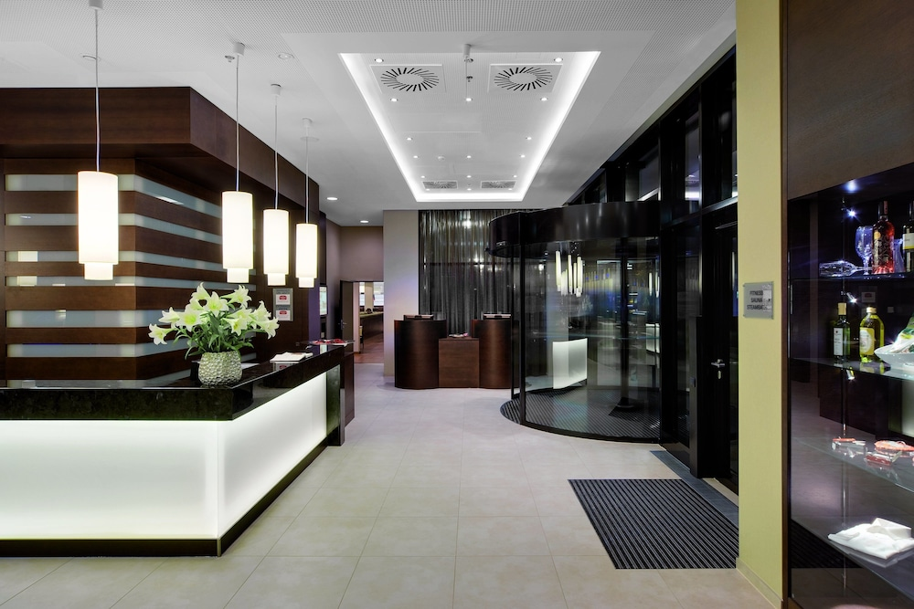 레지던스 인 바이 메리어트 뮌헨 시티 이스트(Residence Inn by Marriott Munich City East) Hotel Image 12 - Interior Entrance