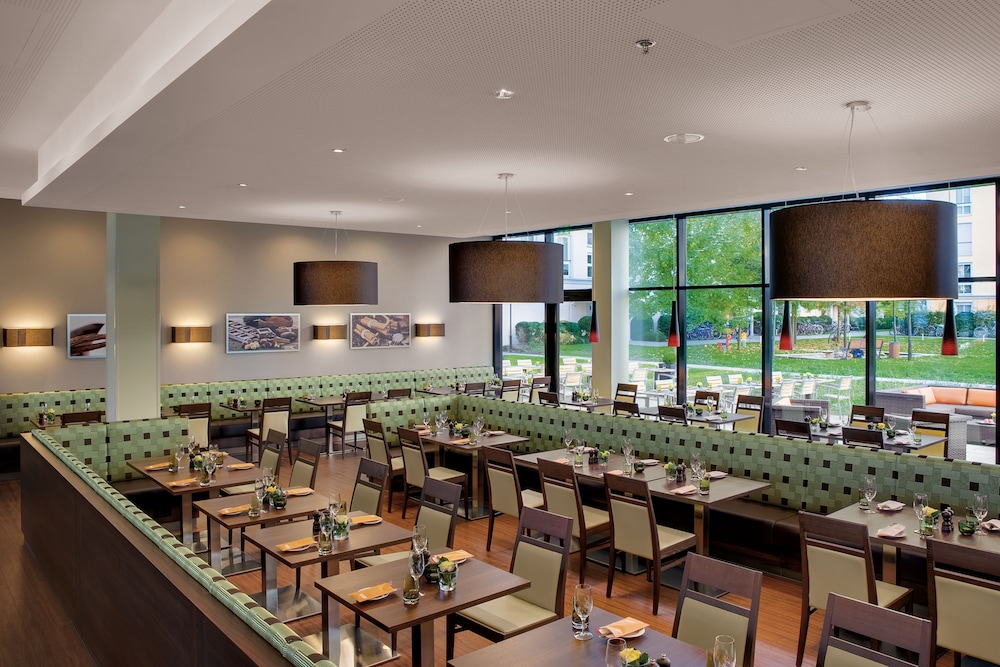 레지던스 인 바이 메리어트 뮌헨 시티 이스트(Residence Inn by Marriott Munich City East) Hotel Image 23 - Restaurant