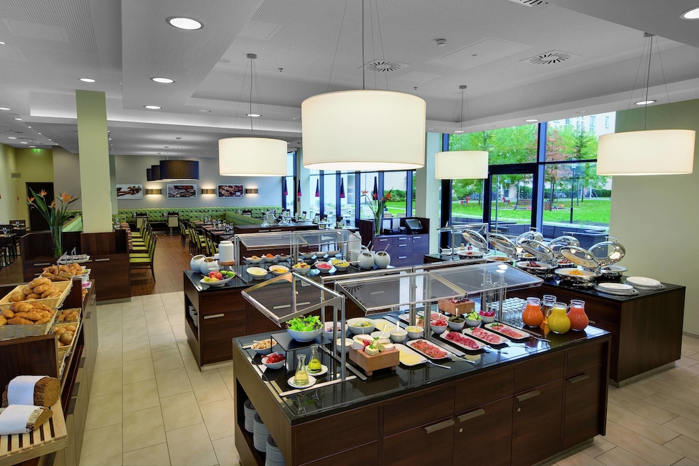 레지던스 인 바이 메리어트 뮌헨 시티 이스트(Residence Inn by Marriott Munich City East) Hotel Image 17 - Restaurant