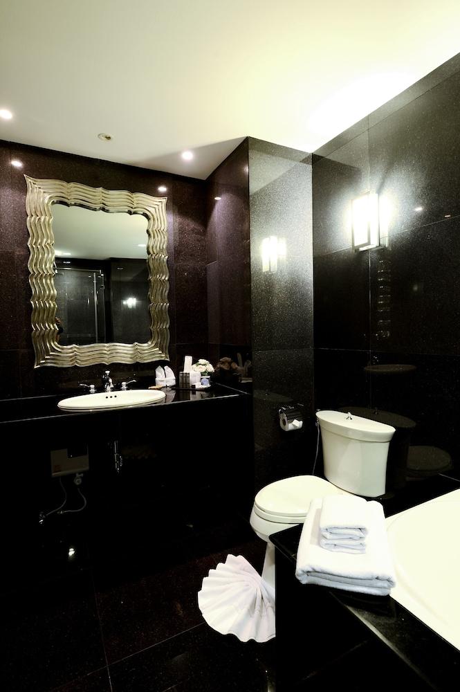 블레스 레지던스(Bless Residence) Hotel Image 34 - Bathroom