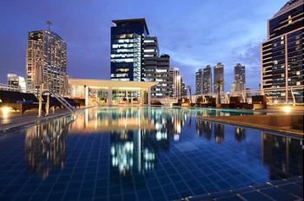 블레스 레지던스(Bless Residence) Hotel Image 2 - Pool