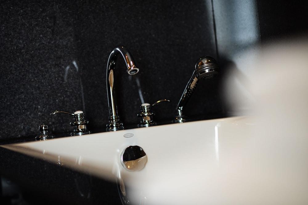 블레스 레지던스(Bless Residence) Hotel Image 37 - Bathroom Sink