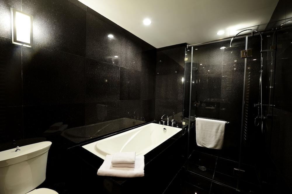블레스 레지던스(Bless Residence) Hotel Image 33 - Bathroom