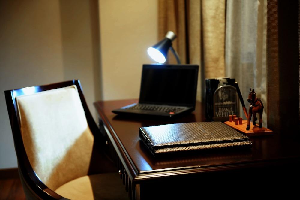 블레스 레지던스(Bless Residence) Hotel Image 31 - In-Room Business Center