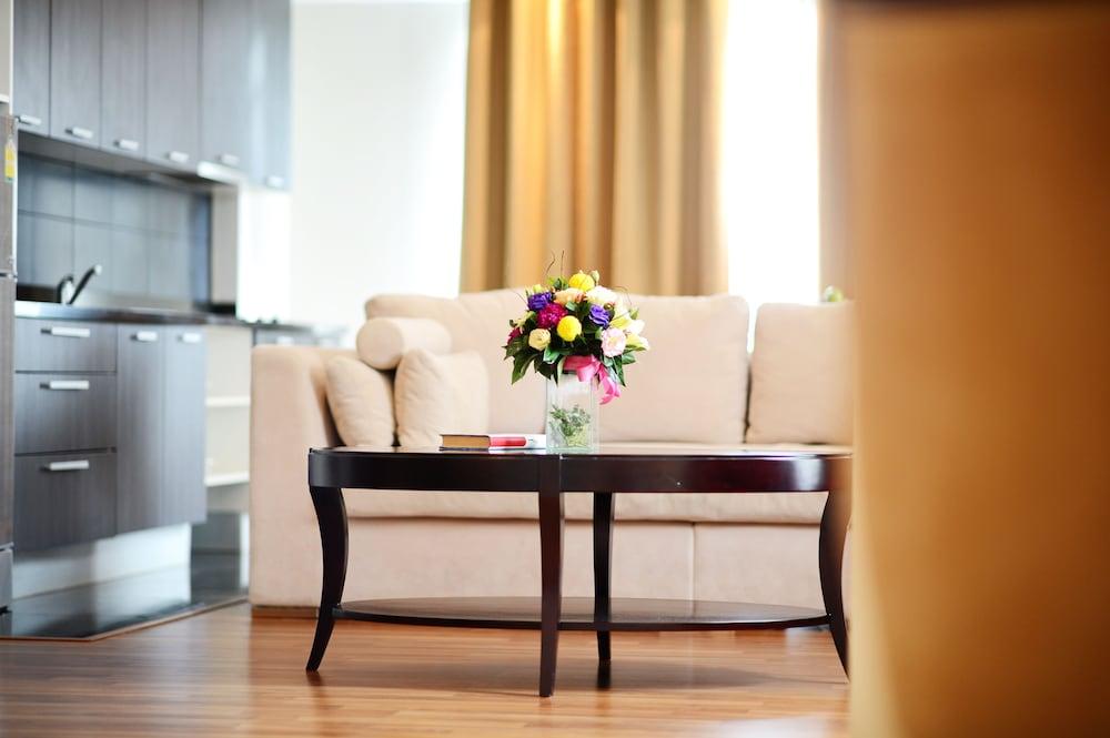 블레스 레지던스(Bless Residence) Hotel Image 25 - Living Area
