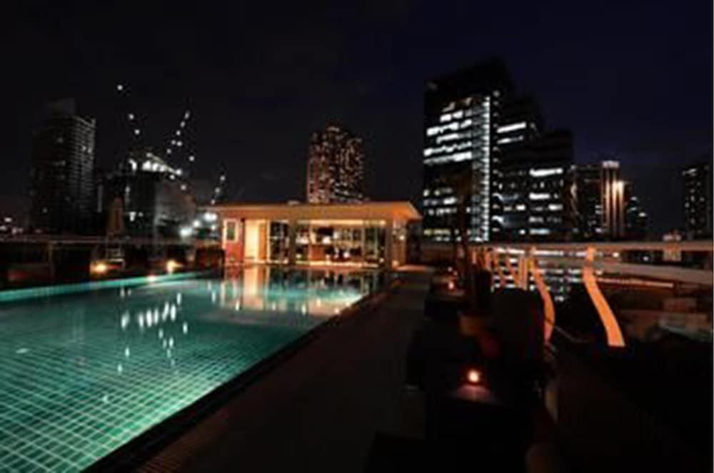 블레스 레지던스(Bless Residence) Hotel Image 4 - Pool