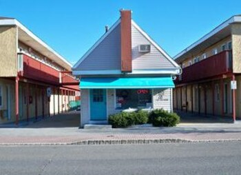 오프쇼어 모텔(Offshore Motel) Hotel Image 17 - Property Grounds