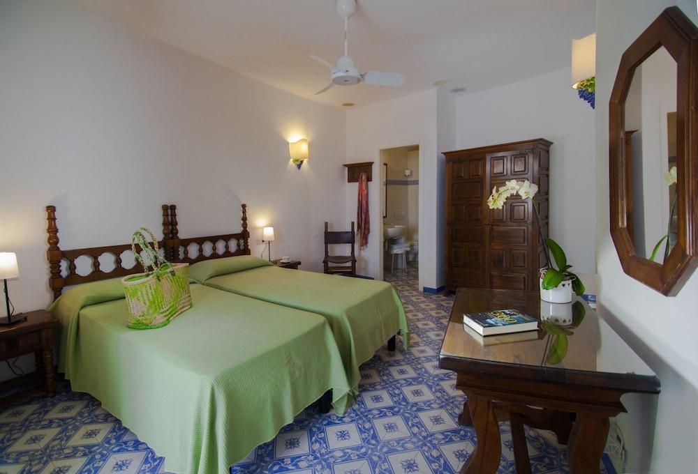 세미라미스 호텔 드 샤름(Semiramis Hotel De Charme) Hotel Image 14 - Guestroom