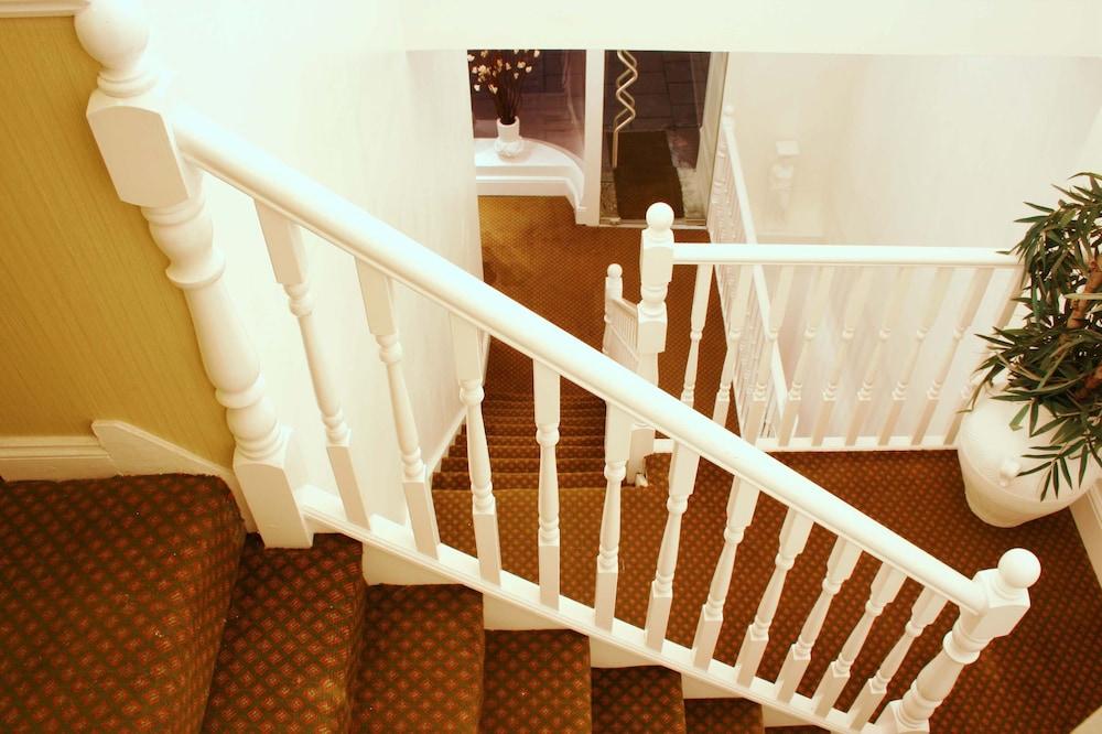 호텔 마케도니아(Hotel Makedonia) Hotel Image 28 - Staircase