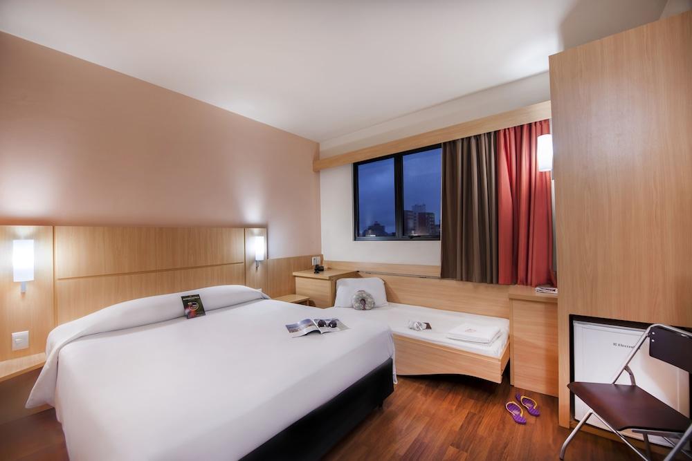 이비스 큐리티바 쇼핑(Ibis Curitiba Shopping) Hotel Image 6 - Guestroom