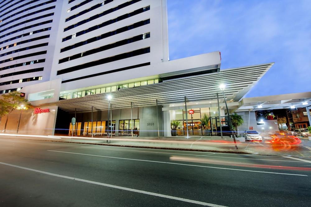 이비스 큐리티바 쇼핑(Ibis Curitiba Shopping) Hotel Image 0 - Featured Image