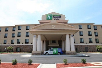 Hotel - Holiday Inn Express & Suites Huntsville Airport
