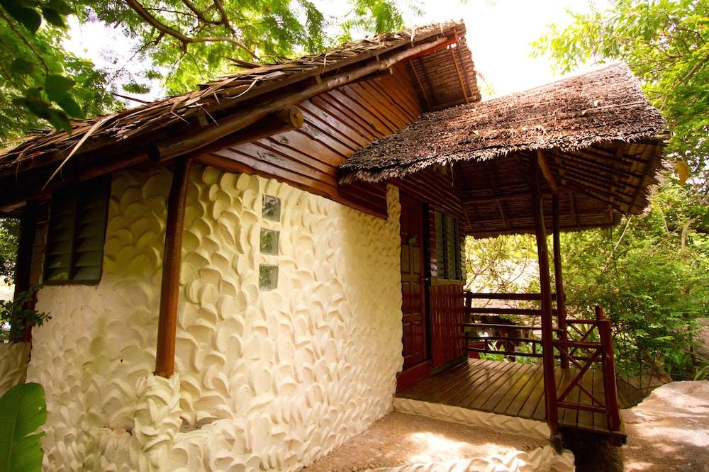 몬탈레이 비치 리조트 코 타오(Montalay Beach Resort Koh Tao) Hotel Image 10 - Guestroom
