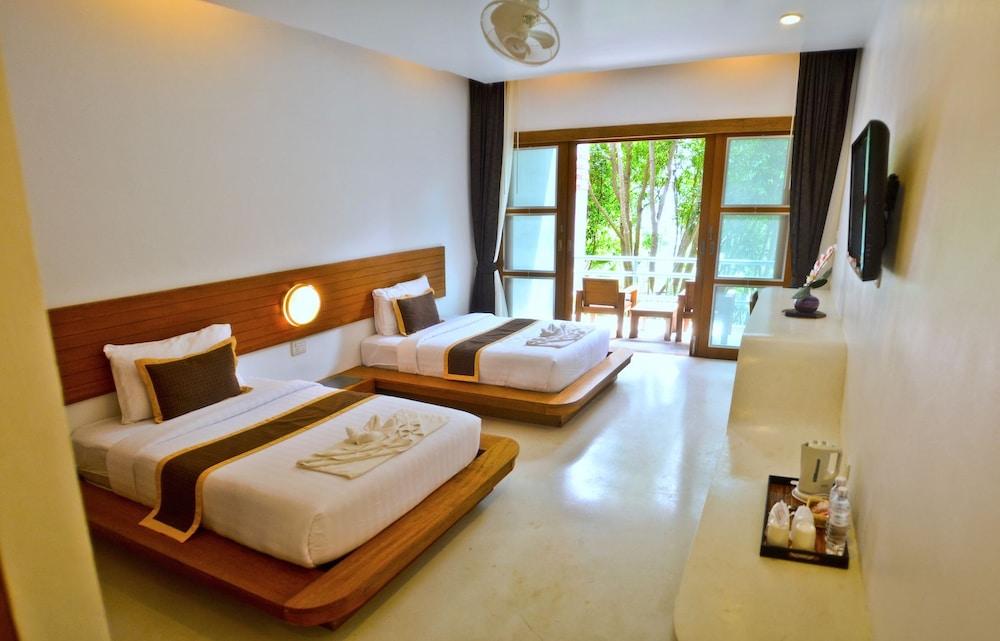 몬탈레이 비치 리조트 코 타오(Montalay Beach Resort Koh Tao) Hotel Image 15 - Guestroom