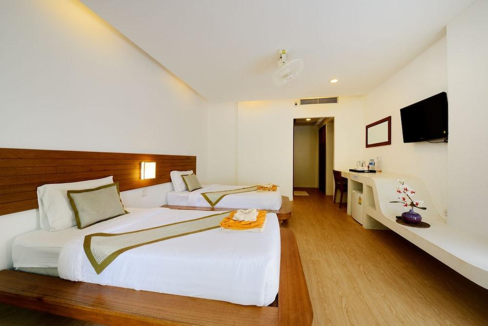 몬탈레이 비치 리조트 코 타오(Montalay Beach Resort Koh Tao) Hotel Image 7 - Guestroom