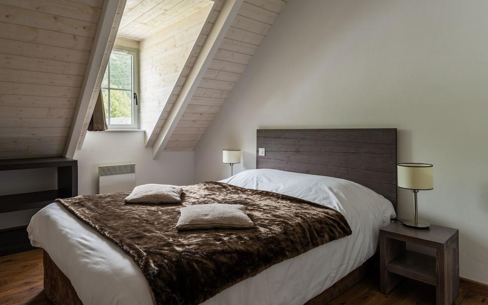 레지당스 라그랑주 바캉스 르 클로 생 일레르(Résidence Lagrange Vacances Le Clos Saint Hilaire) Hotel Image 2 - Guestroom
