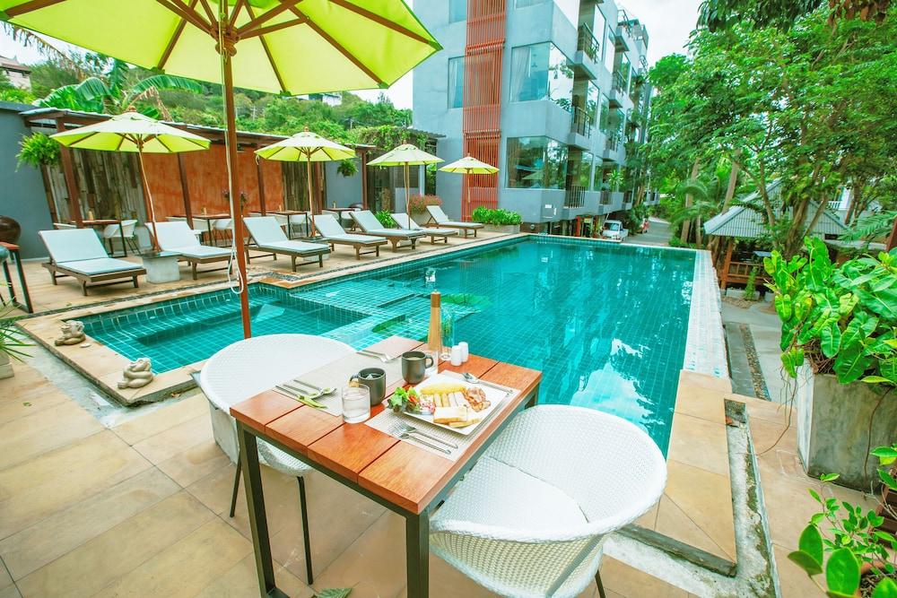 반 카오 후아 주크(Baan Kao Hua Jook) Hotel Image 0 - Featured Image