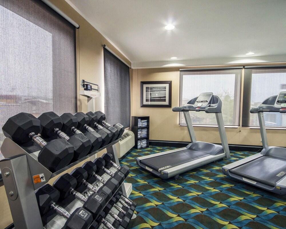 컴포트 인 & 스위트  I-10 에어포트(Comfort Inn & Suites I-10 Airport) Hotel Image 27 - Fitness Facility