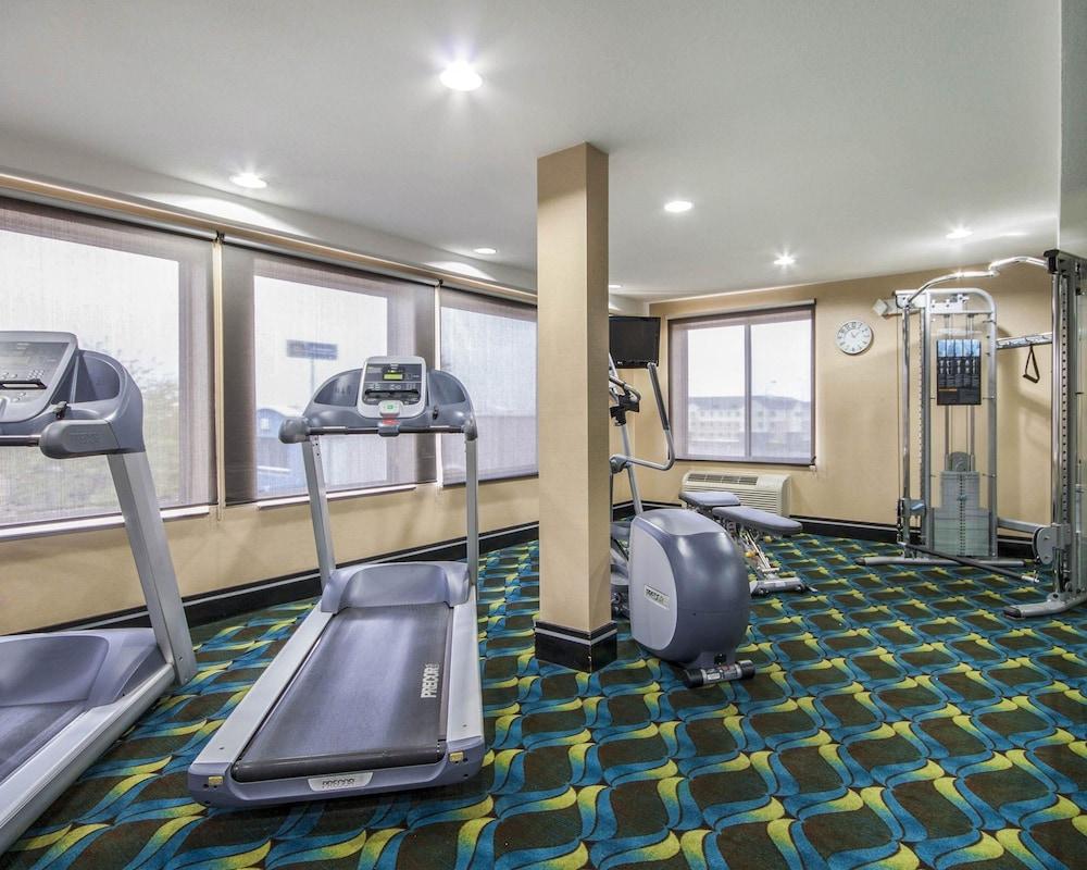 컴포트 인 & 스위트  I-10 에어포트(Comfort Inn & Suites I-10 Airport) Hotel Image 28 - Fitness Facility