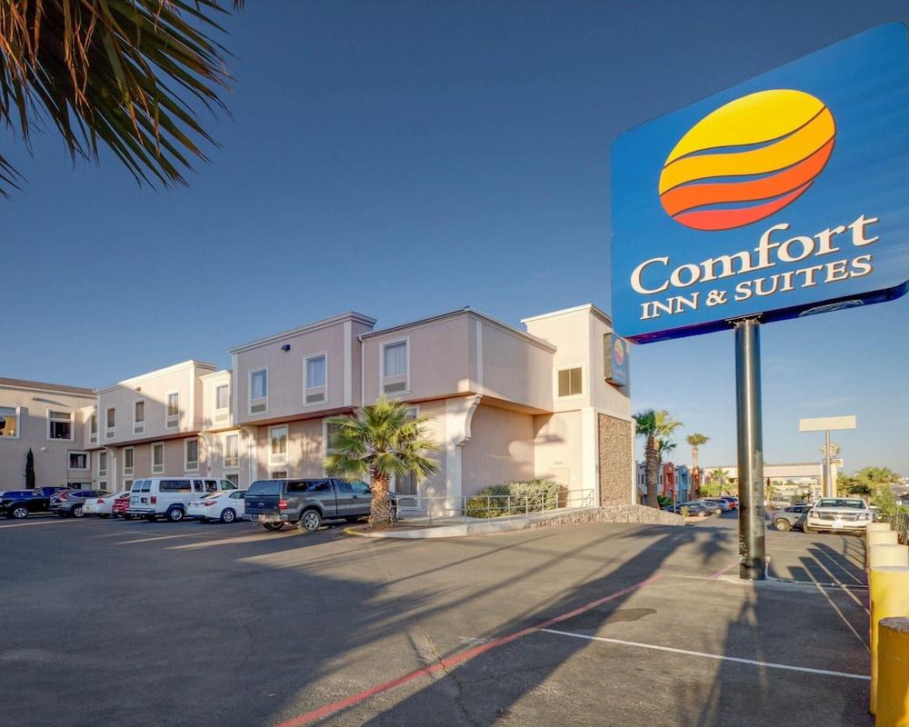 컴포트 인 & 스위트  I-10 에어포트(Comfort Inn & Suites I-10 Airport) Hotel Image 24 - View from Hotel