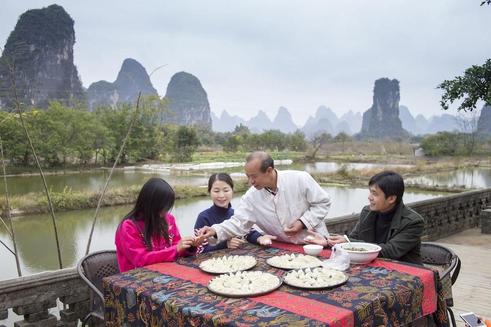 양슈오 히든 드래곤 빌라(Yangshuo Hidden Dragon Villa) Hotel Image 38 - Food and Drink
