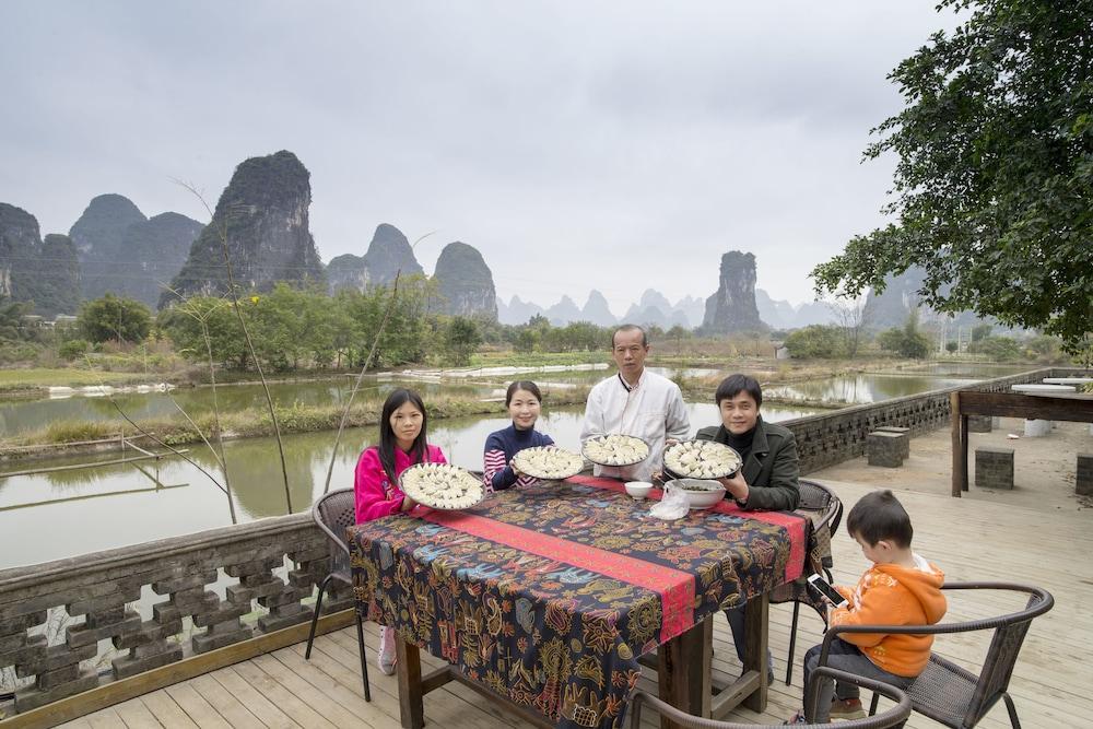 양슈오 히든 드래곤 빌라(Yangshuo Hidden Dragon Villa) Hotel Image 39 - Food and Drink