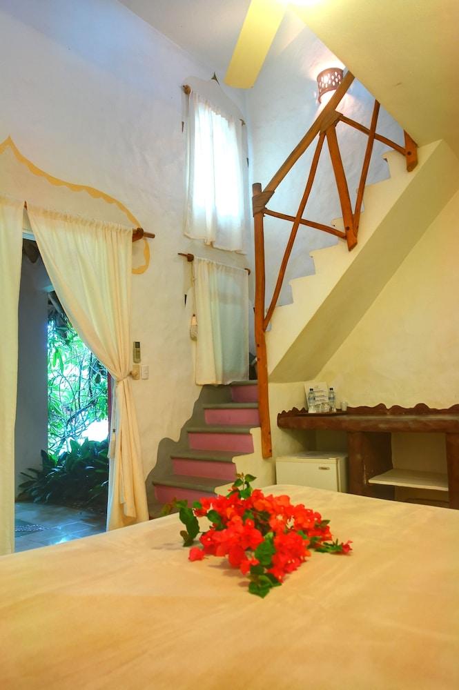 호텔 라 토르투가(Hotel La Tortuga) Hotel Image 5 - Guestroom