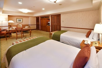 Suite Room with Meals (Meal for children will be charged at check in)
