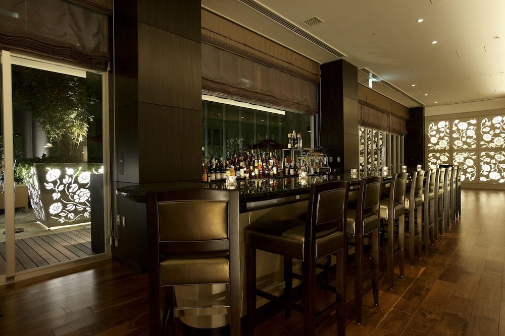 호텔 트러스티 고베 큐교류치(Hotel Trusty Kobe Kyukyoryuchi) Hotel Image 29 - Hotel Bar