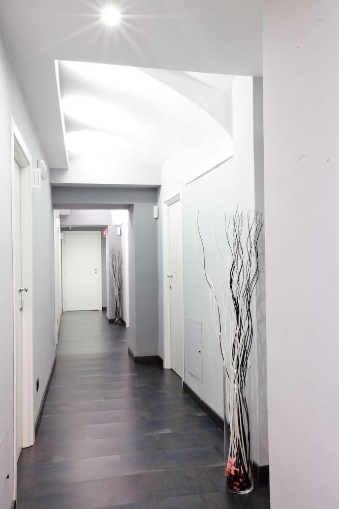 아달레지아 호텔&커피(Adalesia Hotel&Coffee) Hotel Image 17 - Hallway