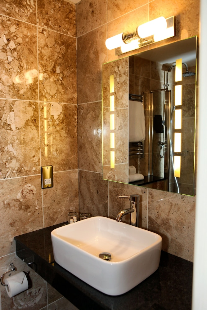 컬렉션 호텔 버밍엄(Collection Hotel Birmingham) Hotel Image 23 - Bathroom