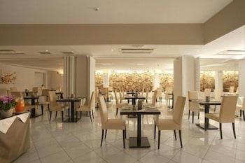 OC 호텔(OC Hotel) Hotel Image 17 - Dining