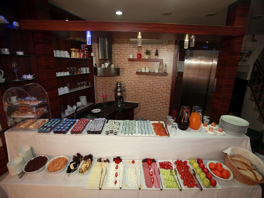 아리페 술탄 호텔(Arife Sultan Hotel) Hotel Image 10 - Breakfast Area