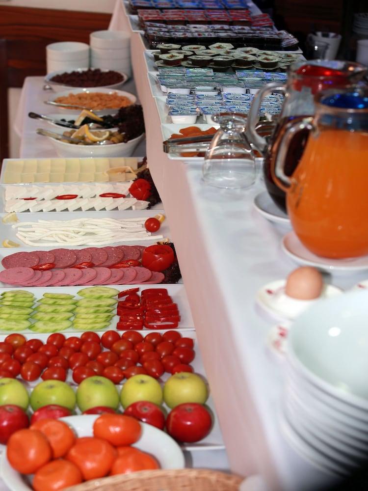 아리페 술탄 호텔(Arife Sultan Hotel) Hotel Image 14 - Breakfast Area