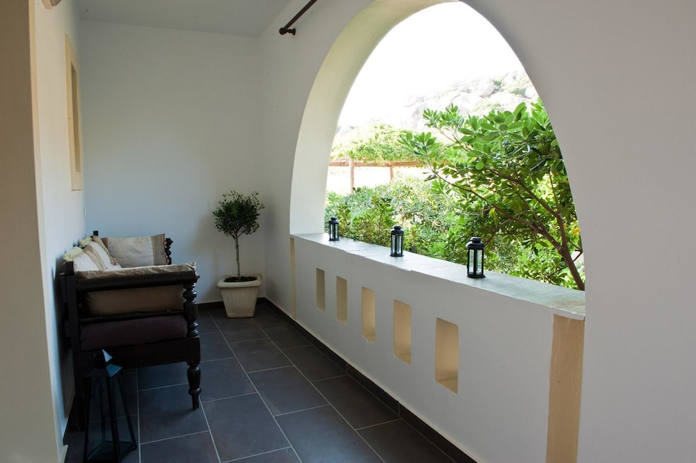제피로스 스튜디오스(Zefyros Studios) Hotel Image 10 - Balcony