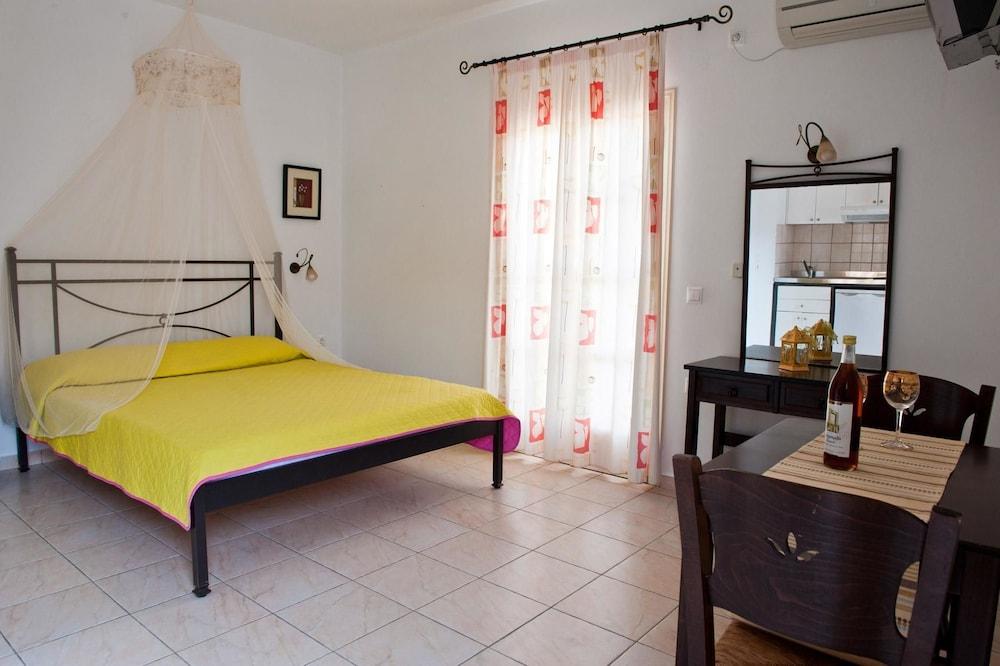 제피로스 스튜디오스(Zefyros Studios) Hotel Image 4 - Guestroom