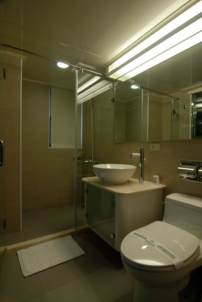 온 사이트 인(On Sight Inn) Hotel Image 26 - Bathroom