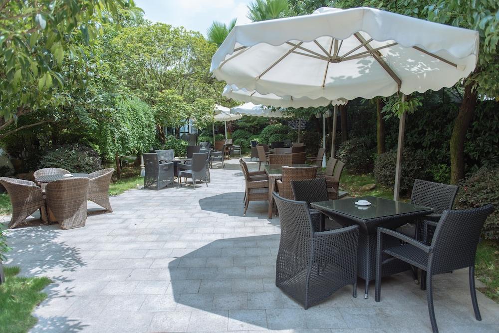 풀먼 귀양(Pullman Guiyang) Hotel Image 28 - Dining