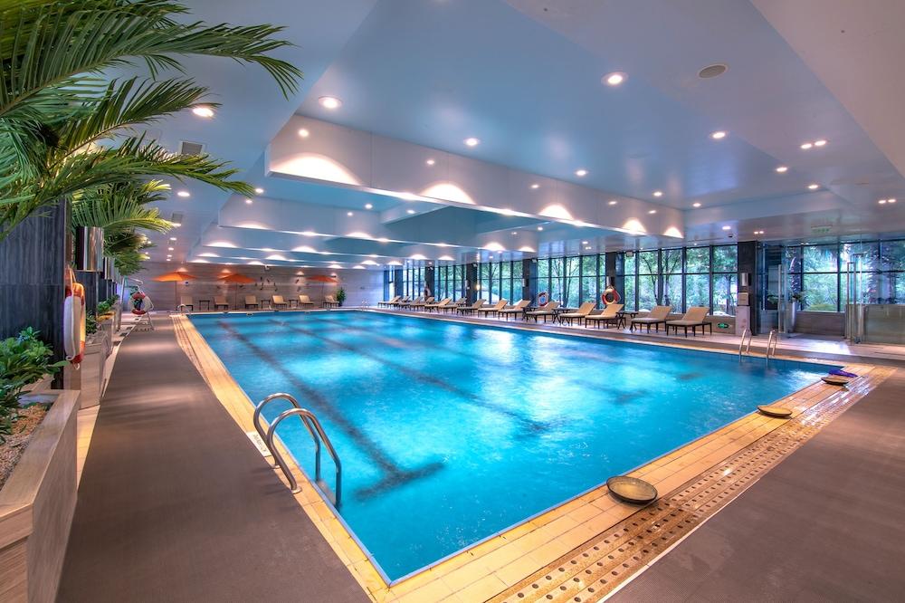 풀먼 귀양(Pullman Guiyang) Hotel Image 39 - Indoor Pool