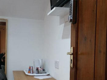 Double Room, Private Bathroom (Shower room)