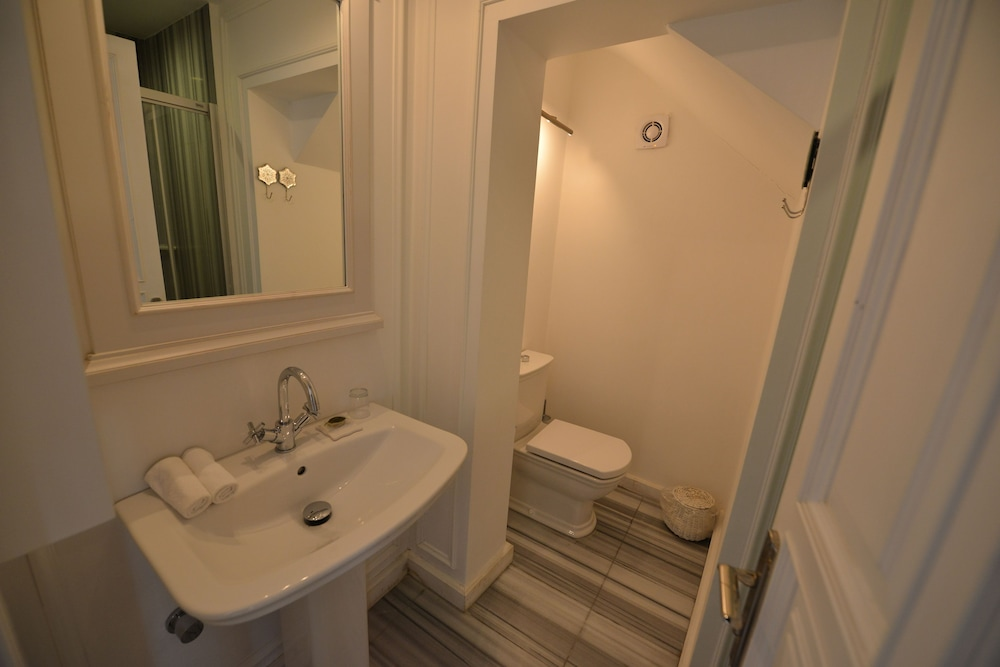 빈티지 호텔(Vintage Hotel) Hotel Image 22 - Bathroom