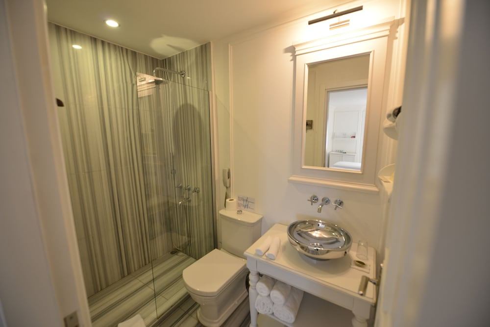 빈티지 호텔(Vintage Hotel) Hotel Image 24 - Bathroom