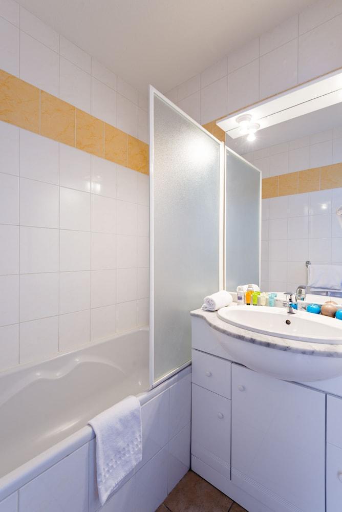 레지덩스 라그랑주 바캉스 로리 데 시메(Résidence Lagrange Vacances L'Orée Des Cimes) Hotel Image 10 - Bathroom
