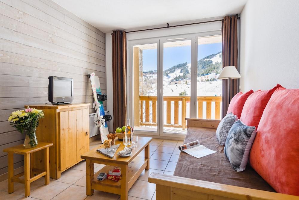 레지덩스 라그랑주 바캉스 로리 데 시메(Résidence Lagrange Vacances L'Orée Des Cimes) Hotel Image 7 - Living Area