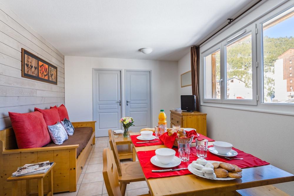 레지덩스 라그랑주 바캉스 로리 데 시메(Résidence Lagrange Vacances L'Orée Des Cimes) Hotel Image 3 - In-Room Dining