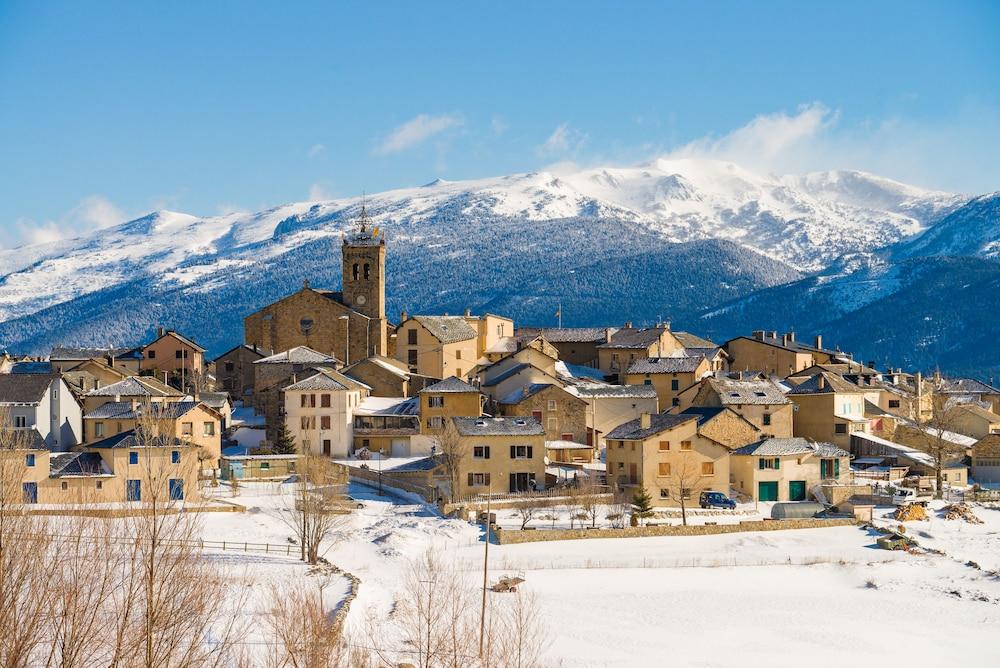 레지덩스 라그랑주 바캉스 로리 데 시메(Résidence Lagrange Vacances L'Orée Des Cimes) Hotel Image 1 - Aerial View